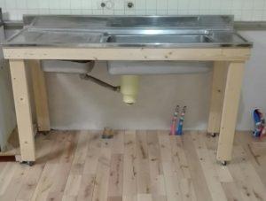 台所用シンクに、DIYで混合水栓を取付ける